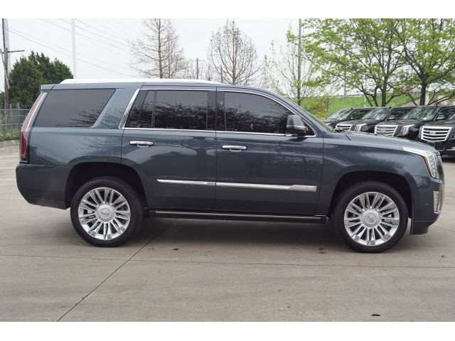 Pre-Owned 2019 Cadillac Escalade Platinum Edition RWD 4D Sport Utility